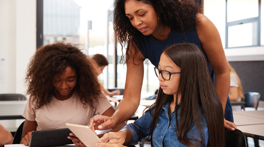 Role Of Online Education For Brick & Mortar Schools